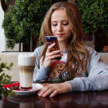 Los millennials prefieren el smartphone a la TV